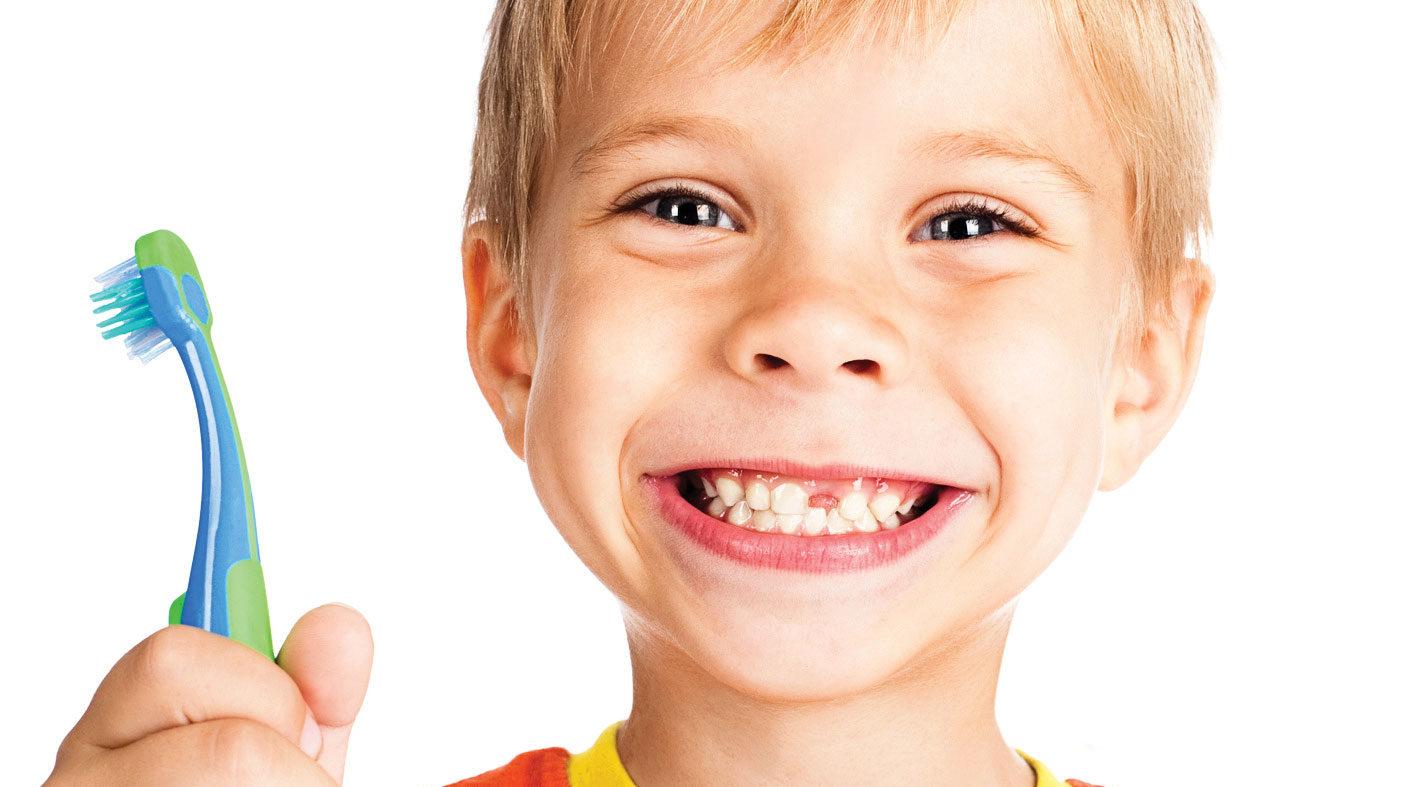 Лечение зубов у детей в Киеве: услуги и стоимость лечения