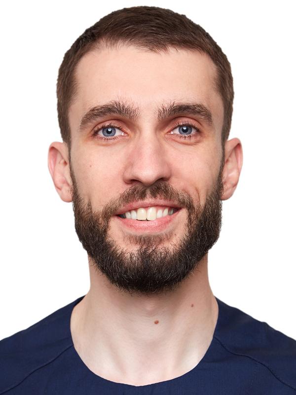 главный врач, врач-куратор –Бышук Богдан Михайлович